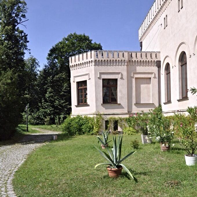 Palac-Srodka-05